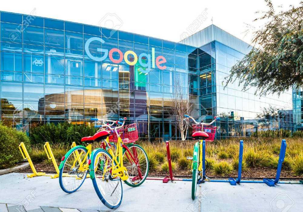Google et ses bureaux googleplex - le site favorise les énergie verte afin de limiter son impact sur le climat